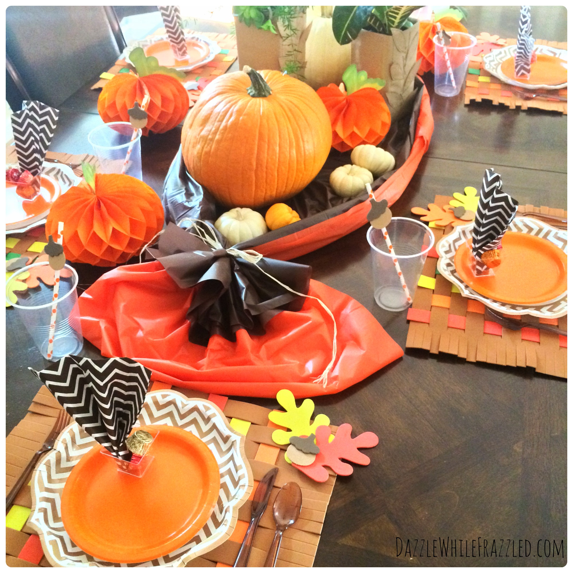 How To Make An Easy Clean Thanksgiving Table Dazzle While Frazzled