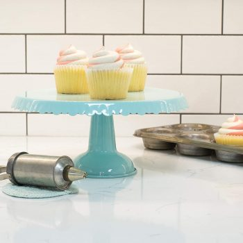 Retro-inspired tin cake stand.