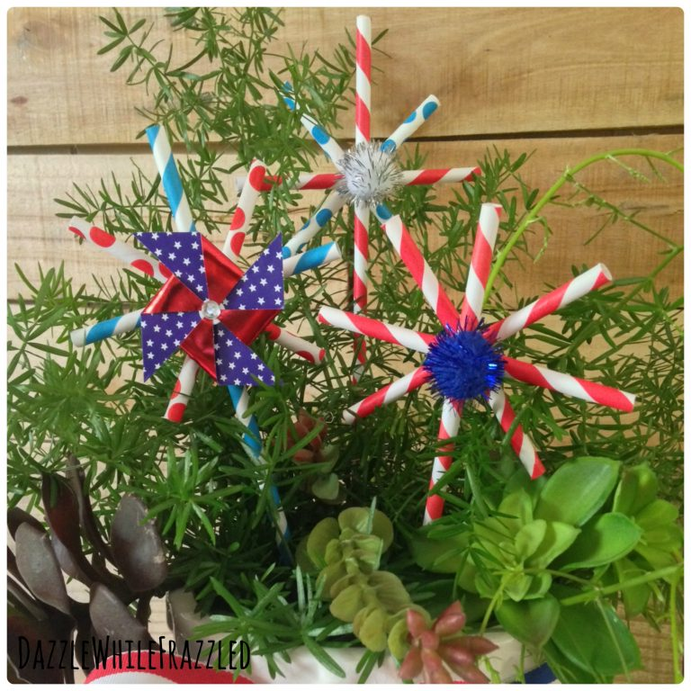DIY Red White and Blue Paper Straw Patriotic Stars for 4th of July Decorations | Dazzle While Frazzled.com
