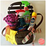 DIY Hostess Cleaning Gift Basket + Printable Thank You Tags